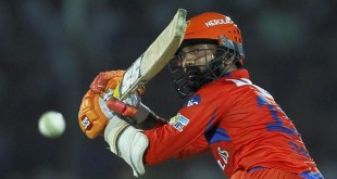 Kanpur: Dinesh Karthik of the Gujarat Lions bats during an IPL match against Delhi Daredevils in Kanpur on Wednesday.  PTI Photo/Sportzpics(PTI5_10_2017_000298B)