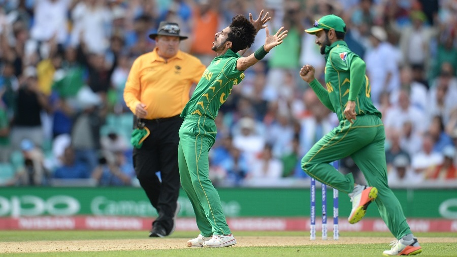 LONDON, ENGLAND - JUNE 18 : Hasan Ali of Pakistan celebrates after dismissing MS Dhoni of India during the ICC Champions Trophy final match between India and Pakistan at the Kia Oval cricket ground on June 18, 2017 in London, England. (Photo by Philip Brown/Getty Images)