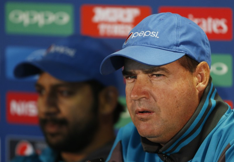 Britain Cricket - Pakistan Press Conference - Edgbaston - June 3, 2017 Pakistan coach Mickey Arthur and Sarfraz Ahmed during the press conference Action Images via Reuters / Andrew Boyers Livepic