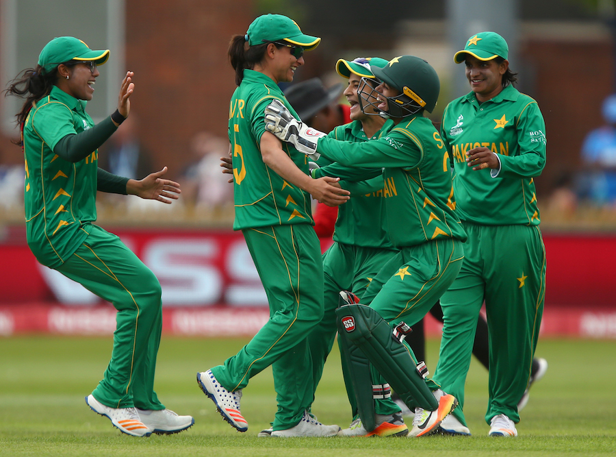 DERBY, ENGLAND - JULY 02: Sana Mir of Pakistan (2L) celebrates with team mates after taking a catch to claim the wicket of Harmanpreet Kaur of India during the ICC Women's World Cup match between India and Pakistan at The 3aaa County Ground on July 2, 2017 in Derby, England. (Photo by Dave Thompson-IDI/IDI via Getty Images)