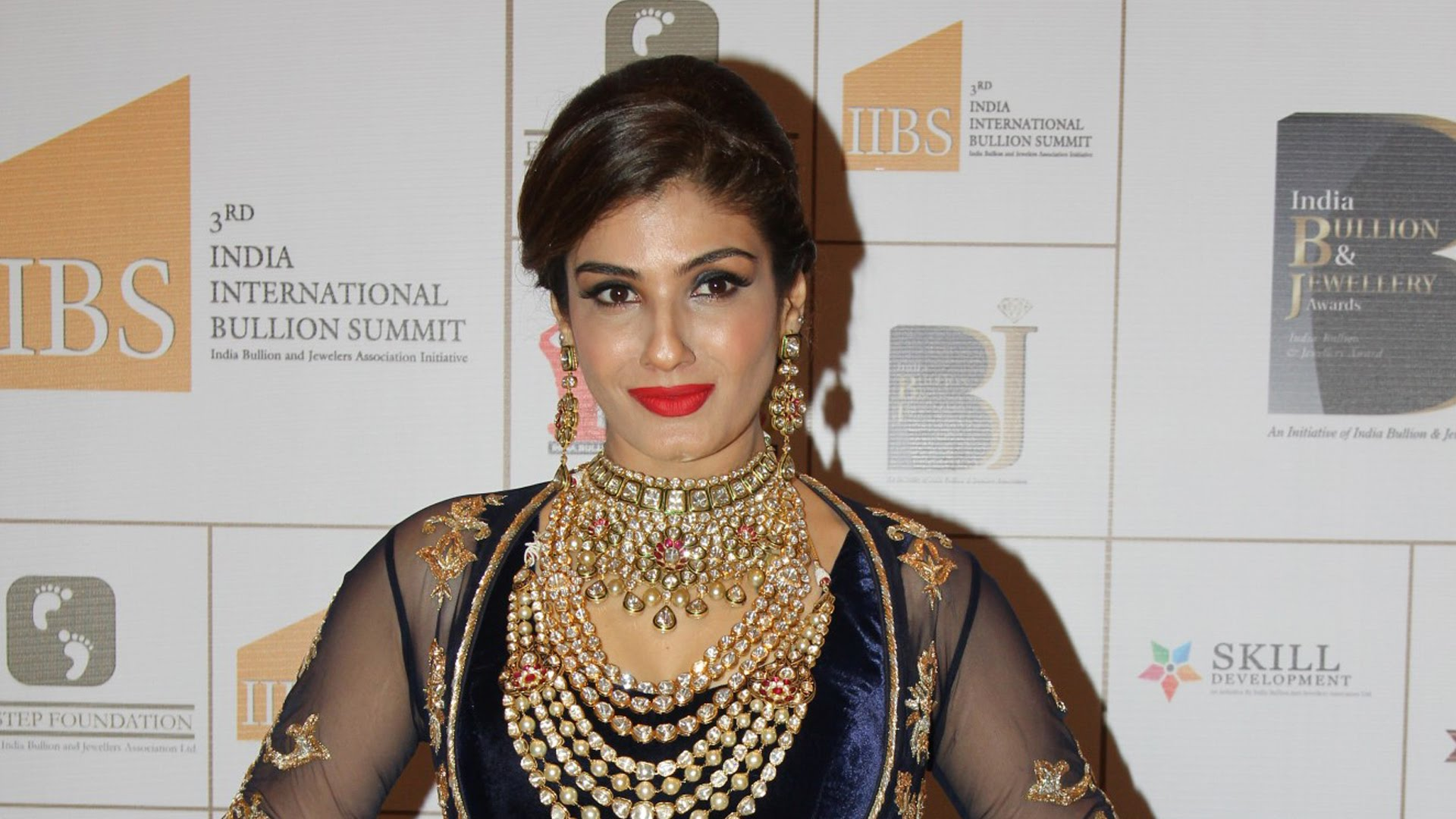 Raveena Tandon - Copy
