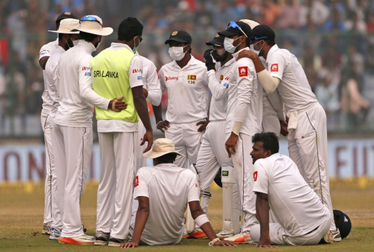 Sri Lankan cricketers pollution india