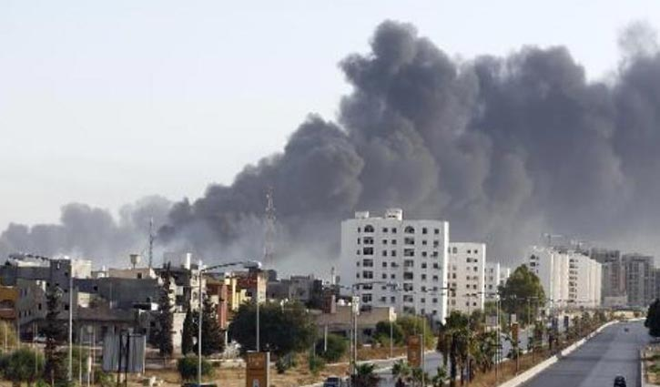 20 killed in clashes at Libya's main international airport