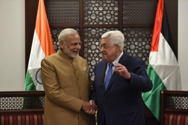 India pledges $40 million aid to Palestine, backs independent state