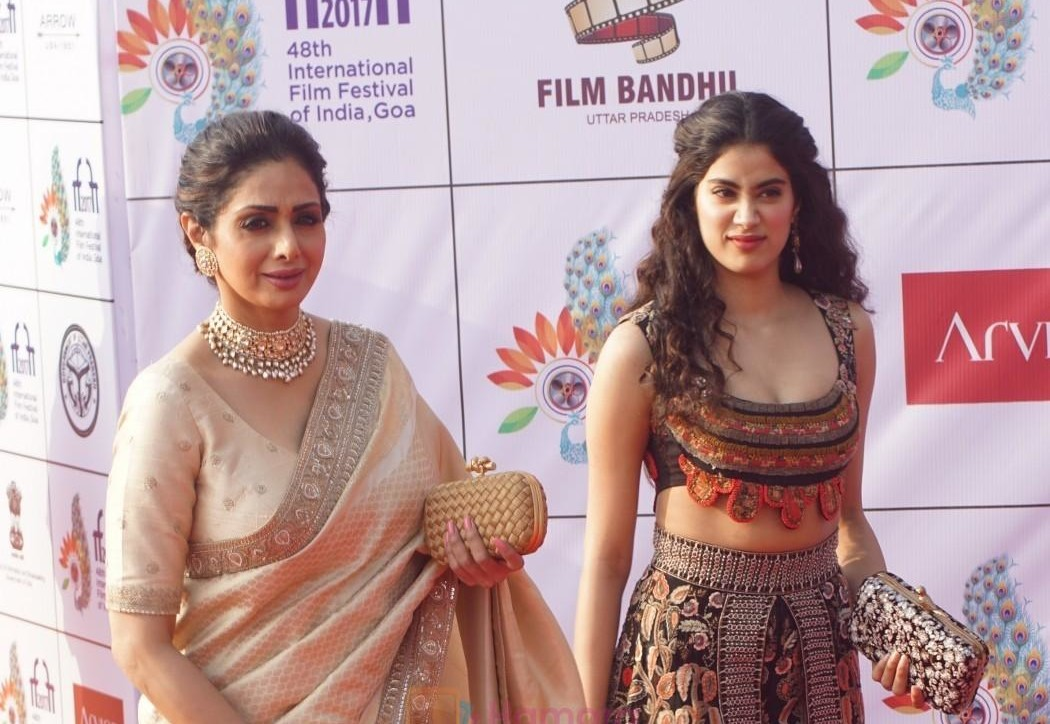 Sridevi, Janhvi Kapoor at IFFI 2017 Opening Ceremony on 20th Nov 2017 shown to user