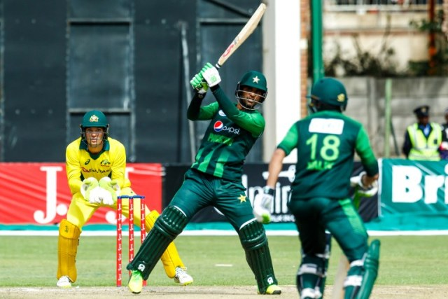 Pakistan batsman Fakhar Zaman in action during the final of the tri-series played between Pakistan and Australia in a T20 tri-series which at the Harare Sports Club, July 8 2018. / AFP PHOTO / Jekesai NJIKIZANA